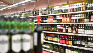 вернуть алкоголь в магазин