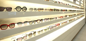 солнцезащитные очки в магазин