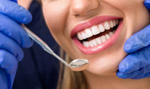 Какая гарантия выдается на поставленную коронку зуба