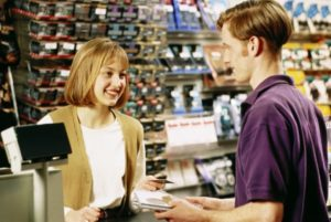 Права и обязанности продавца и покупателя по договору купли-продажи